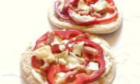 Pizza pita au poivron lardons et chèvre