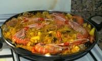 Fideuà, une paella valencienne aux pâtes vermicelles