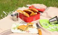 Empanadas au brocoli, roquefort et amandes