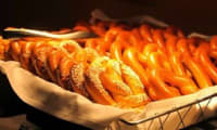 Bretzels, salés, snackings, buns, hot dog.. (Allemagne, Alsace, Etats-Unis)