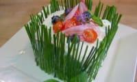 Sandwich cake fromage de chèvre frais, saumon fumé et concombre