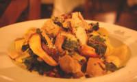 Poulet aux champignons, sauce rose au Vermouth, pappardelles - sans gluten