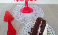 Gâteau au cacao et son glaçage au fromage frais