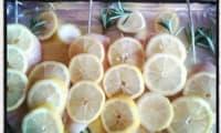 Filets de poulet au romarin , citron et miel