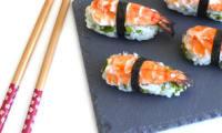 Sushi aux crevettes et à la coriandre