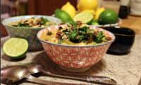 Soupe de pois chiche et chou kale au lait de coco et curry