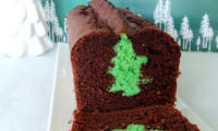 Cake au chocolat noir surprise, sapin inside