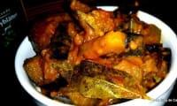 Curry d'aubergines aigre doux à la tomate