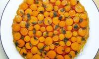 Tarte tatin de carottes, chèvre, sauge