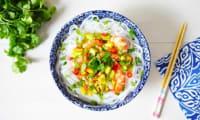 Nouilles de riz et crevettes à l'avocat à l'huile de colza