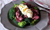 Salade tiède de brocolis aux gésiers de canard confits