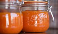 Conserves de coulis de tomates et poivrons