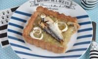 Tarte au blé noir oignons de Roscoff et sardines