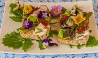 Tartine aux légumes printaniers