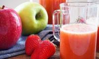 """Or Rouge"", jus de fraise, carotte, pomme, orange, banane"