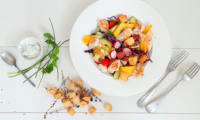 Salade colorée au poulet grillé