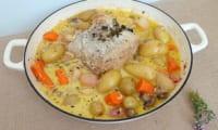 Rôti de porc au thym frais, miel et petits légumes