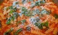 one pot pasta tomates basilic