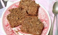 Cake aux pois-chiche, vanille, caroube et noix de coco