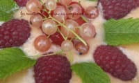 Soupe de melon et sa nage de fruits du jardin