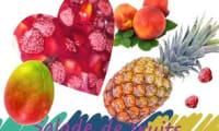 Salade de fruits aux pêches, ananas, mangues et framboises