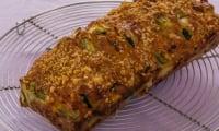 Cake aux courgettes, fêta et chorizo