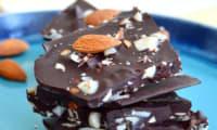 Mini snacks énergétiques chocolat et amandes