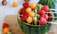 Barbecue pastèque et brochettes de fruits