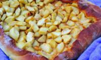 Tarte briochée aux pommes au caramel beurre salé