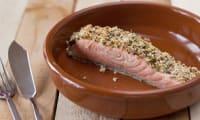 Pavé de saumon en croûte de moutarde à l'ancienne et d'estragon