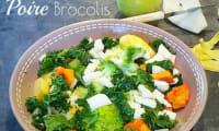 Salade choux kale, brocolis, patates douces et poires