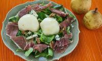 Salade poire, noix et roquefort