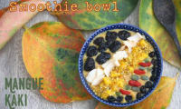 Smoothie bowl à la mangue et au kaki