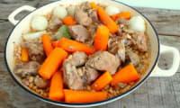 Sauté de porc, haricots coco, navets et carottes