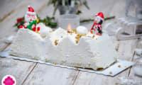 Bûche montagne au chocolat blanc, génoise pistache et framboises