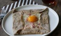Galette Bretonne complète jambon, œuf, fromage