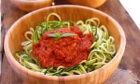 Salade de courgettes façon pasta marinara