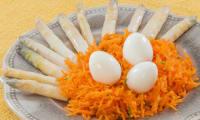 Salade de carottes aux asperges et oeufs de caille