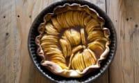 La tarte aux pommes et caramel au beurre salé