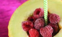 Smoothie melon framboises à l'eau aromatisée