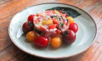 Tartare de tomates d'antan et fourme de Montbrison