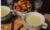 Soupe de courgette et chèvre