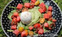 Salade épinards, burrata, pastèque, et mousse d'avocat