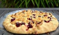 Tarte rustique crumblelisée aux nectarines et aux framboises