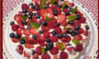 Tarte aux fraises, framboises, myrtilles et spéculoos