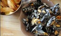 Moules de bouchot, sauce au bleu de Bresse