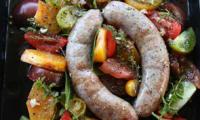 Tomates cerises et saucisses au four de Jamie Oliver