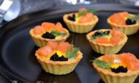 Bouchées aux oeufs de caille et au saumon fumé