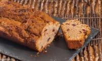 Gâteau du matin à la farine de châtaignes et aux cranberries