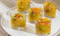 Verrine kiwis, oranges, mangue et truite fumée